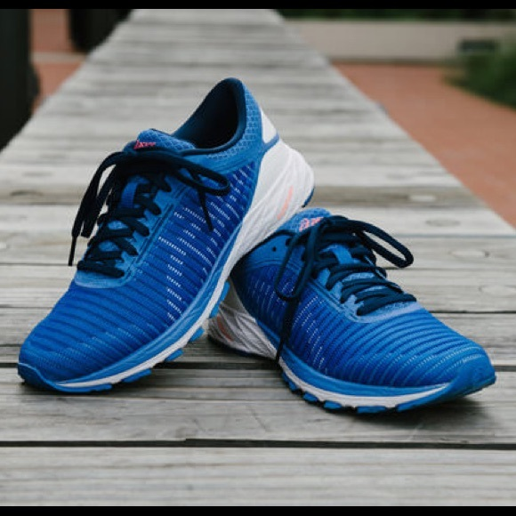 new product 27b1a 1c22f ASICS Dynaflyte 2 Blue Sneakers